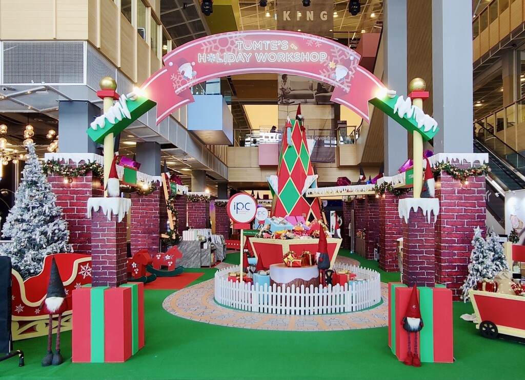 Tomte Holiday Workshop Brings Christmas Cheer at IPC Shopping Centre - Life is Ohsem
